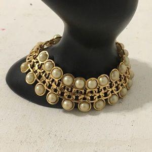 Jewelry - Vintage Gold Tone Faux Pearl Bracelet